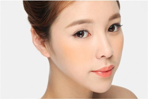 chon son moi phu hop giup trang diem ca nhan dep hon Trang điểm cá nhân đẹp nhờ vào chọn son môi chuẩn!