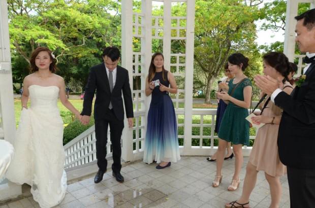 chup phong su ngay cuoi 620x410 Xem xong bộ ảnh mới biết chụp hình phóng sự cưới không hề dễ!
