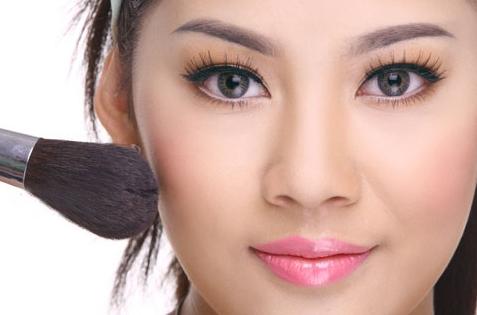 trang diem ca nhan tu nhien Lỗi trang điểm cá nhân của sao Việt