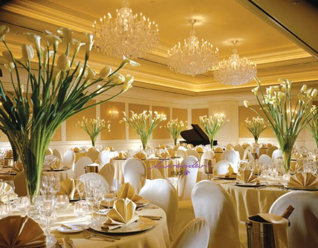 trang tri sanh tiec cuoi 3 620x484 Làm thế nào để có một ngày cưới mang phong cách riêng của bạn