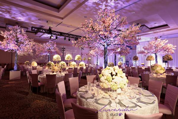 trang tri sanh tiec cuoi 4 Làm thế nào để có một ngày cưới mang phong cách riêng của bạn