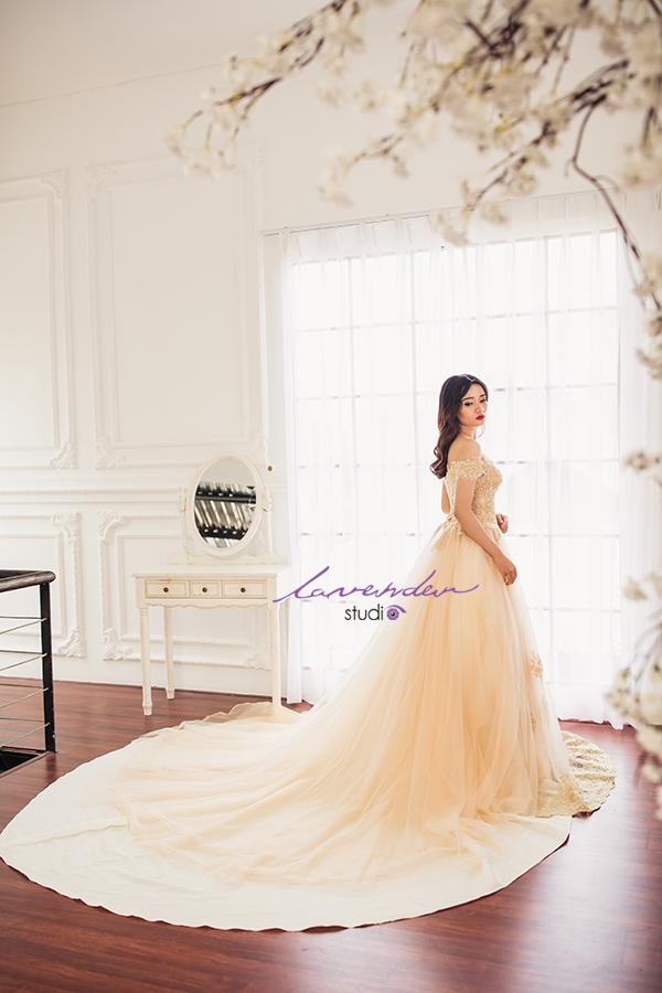 cho thue vay cuoi tphcm Tiết kiệm chi phí nhờ thuê váy cưới