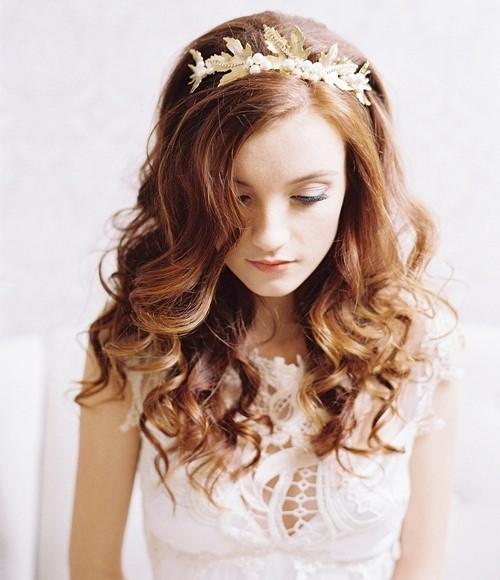 trang diem co dau dep Cùng điểm danh 4 kiểu tóc cưới chưa bao giờ hạ nhiệt.