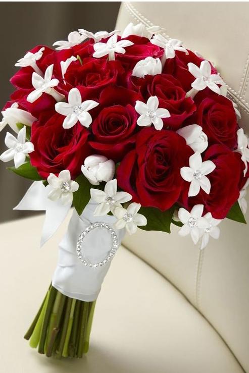 hoa tuoi cam tay dep 1 Dịch vụ đặt hoa tươi online Lavender Flowers