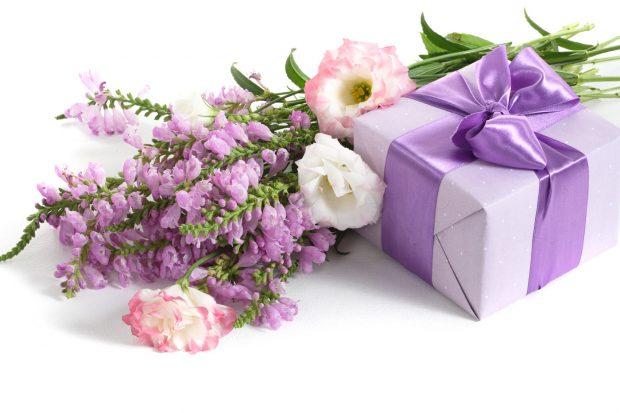 hoa tuoi tang sinh nhat 9 620x413 Mừng sinh nhật sếp tổng nên mua hoa gì