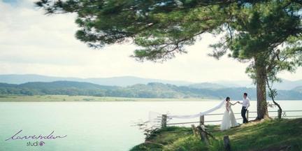 chup hinh cuoi da lat 1 Nên ở lại Đà lạt mấy ngày để chụp hình cưới