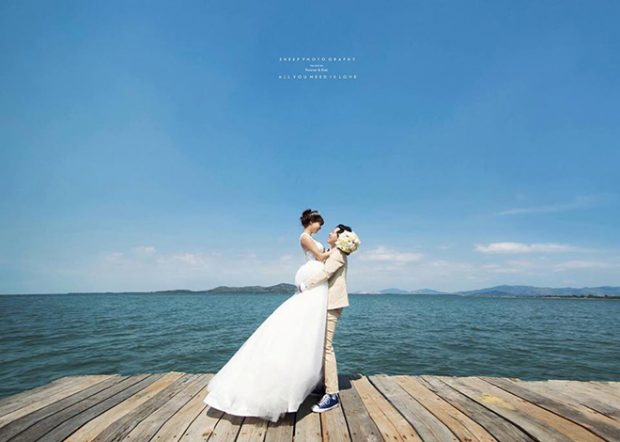 chup hinh cuoi o vung tau 1 620x442 Vì sao nhiều người chọn Vũng Tàu làm nơi chụp ảnh cưới