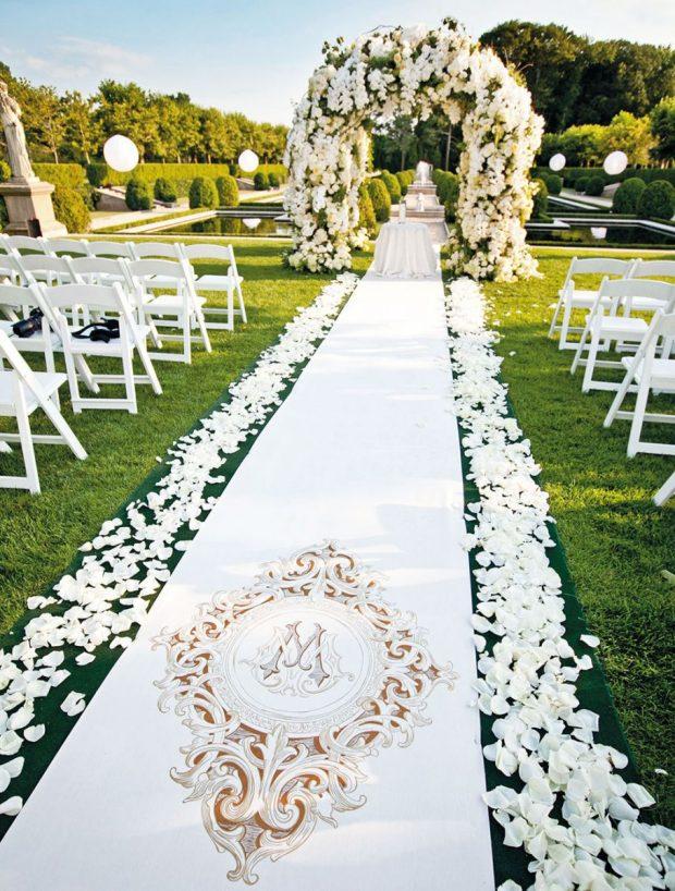 dia diem to chuc tiec cuoi 1 620x818 Tư vấn chọn địa điểm tổ chức tiệc cưới cho cô dâu chú rể