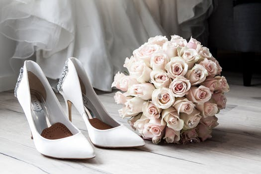 Chụp ảnh cưới ở đâu đẹp, giá rẻ tại Hà Nội?