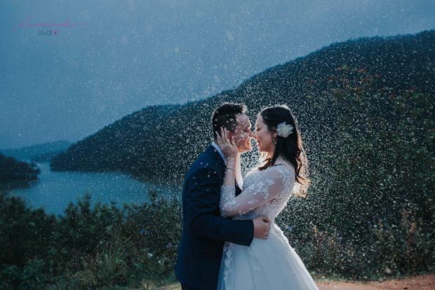 KY 02941 620x414 Kể câu chuyện tình bằng bộ ảnh cưới đẹp mê hồn tại Đà Lạt
