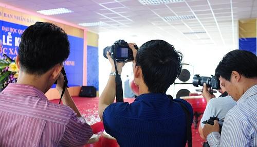 Yêu cầu trong chụp hình sự kiện khi công ty ra mắt sản phẩm mới